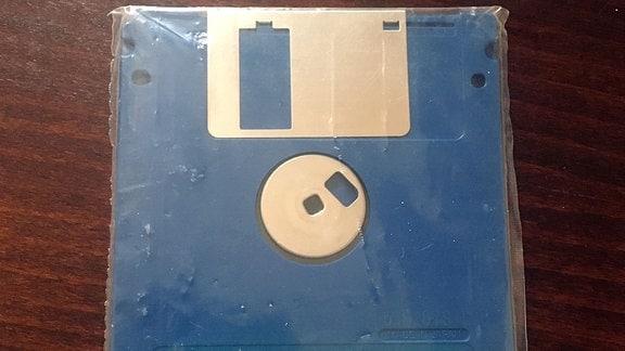 Eine 3,5 Zoll Diskette für einen PC aus den 1990er Jahren