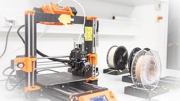 Ein 3D-Drucker des Biodruck-Labors an der TU Dresden