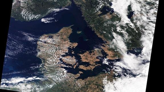 Luftaufnahme von Dänemark und Südskandinnavien auf einem Sattelitenbild vom 19. Juli 2018