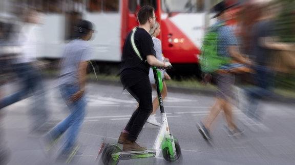 eScooter Lime Fahrer