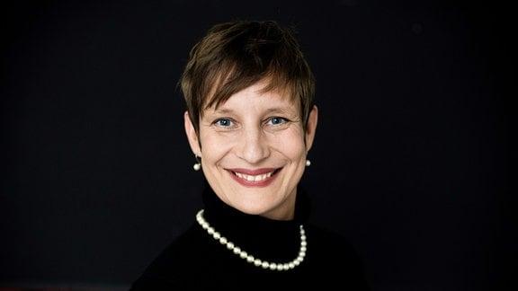Eva Ullmann im Portrait.