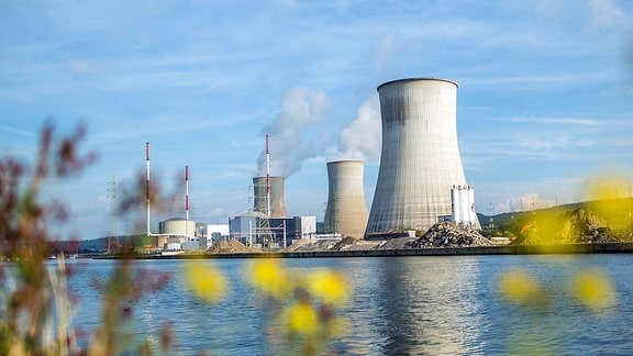 Das Atomkraftwerk Tihange (Belgien)