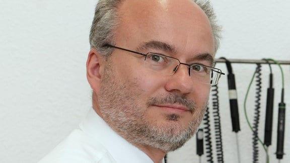 Prof. Thomas Fröhlich,  Leiter des Instituts für Prozessmess- und Sensortechnik der TU Ilmenau