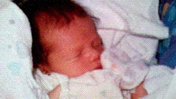 Erstes Handyfoto der Welt - Ein neugeborenes Baby.