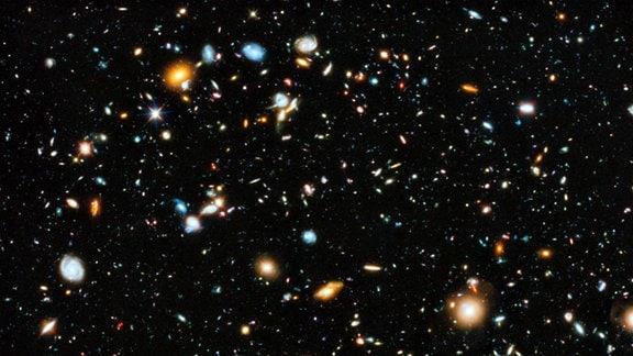 Ein Blick auf 10.000 Galaxien