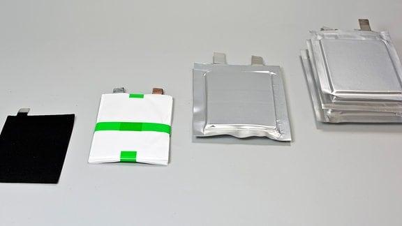 Mehrere Schichten - das Innenleben der Lithium-Schwefel-Batterien