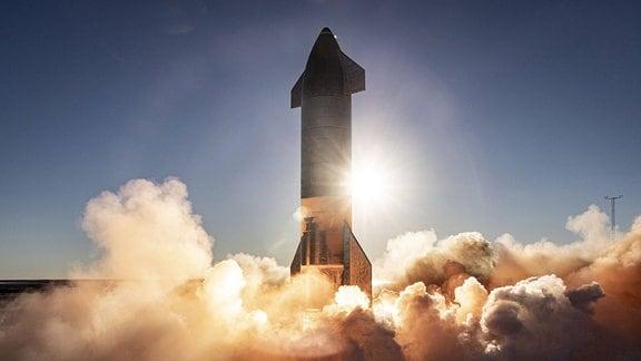 Eine startende Rakete