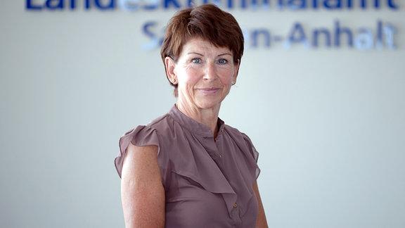 Simone Wabnitz, Sachverständige für Daktyloskopie am LKA Magdeburg