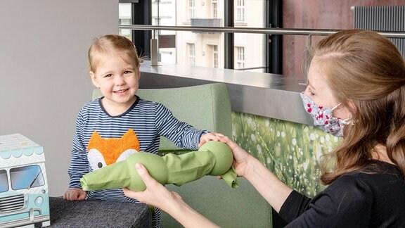 Praktische Forschung am KinderSprachlabor des MPI CBS.