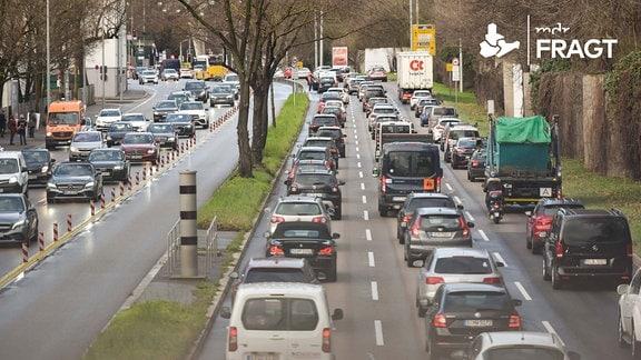Stau auf der B14 Richtung Stadtmitte Stuttgart Baden-Wuerttemberg Deutschland