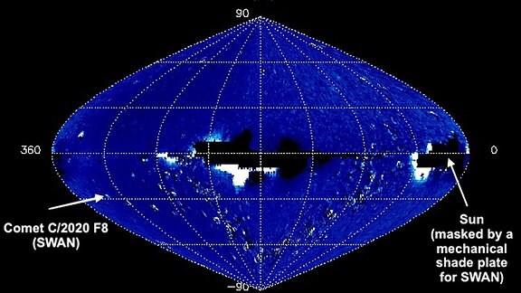 """Eine Aufnahme der """"Kometen-Tracker-Karte"""", die vom Solar Wind ANisotropies """"SWAN"""" aufgenommen wurde. Rechts ist der Komet C/2020 F8 zu erkennen. Er wurde vom australischen Amateur-Astronomen Michael Mattiazzo auf dieser Karte entdeckt."""