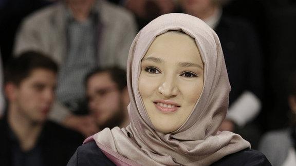 Kübra Gümüsay, Journalistin, Bloggerin