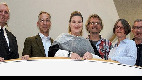 Wissenschaftler der Leibniz-Institute für Neurobiologie LIN Magdeburg und für Pflanzenbiochemie IPB Halle
