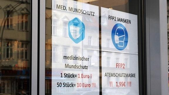 Werbeschilder für medizinischen Mundschutz und FFP2 MASKEN