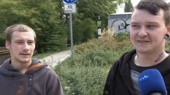 Zwei junge Männer