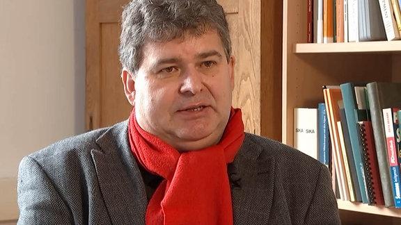 Prof. Sven Herzog von der TU Dresden.
