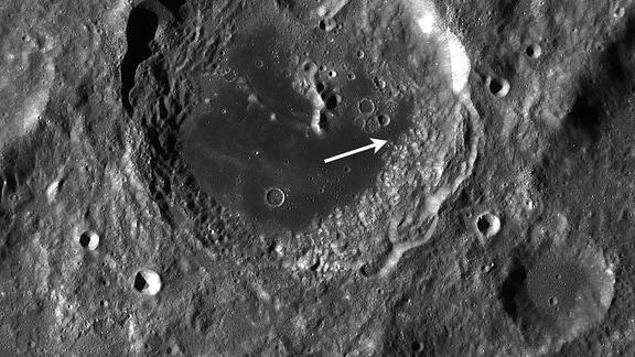 Aitken Krater