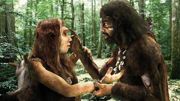 Illustrierte  Darstellung: Eine Neandertalerin und ein Homo sapiens berühren sich gegenseitig, als ob sie sich das erste Mal sähen.