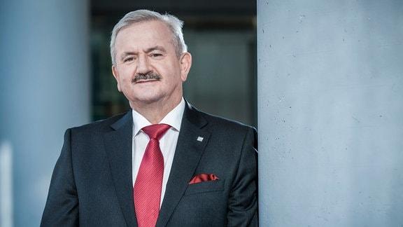 Der Präsident der Fraunhofer-Gesellschaft Prof. Reimund Neugebauer.