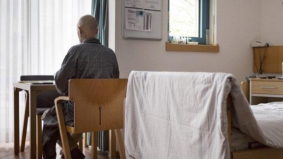 Krebspatient im Palliativzentrum der Uniklinik Koeln