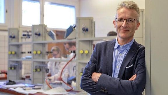 Prof. Karsten Mäder