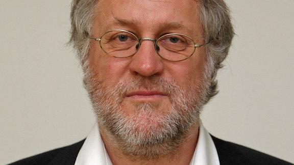 Ein Porträt von Prof. Thomas Kiefhaber