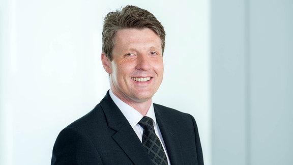 Prof. Dr. Ralf B. Wehrspohn, Leiter Fraunhofer-Institut für Mikrostruktur von Werkstoffen und Systemen IMWS