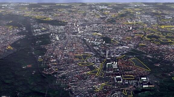Leipzig von oben mit eingezeichneten Kleingartengebieten.