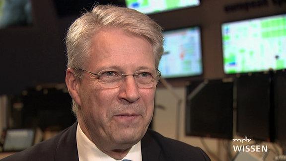 Thomas Reiter während eines Interviews.