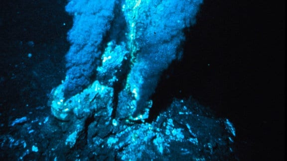 Schwarzer Raucher einer hydrothermalen Quelle