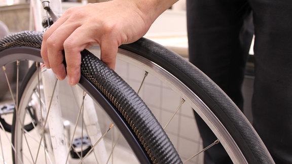 Vergleich Fahrrad -und Marsrover-Rad