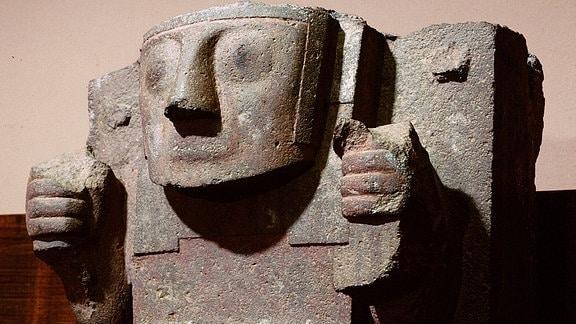 Stele des Inka-Schöpfergottes Viracocha