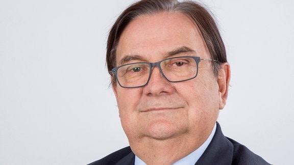 Prof. Volker Thieler