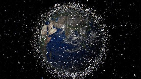 Darstellung von Weltraumschrott im Orbit der Erde, nicht maßstabsgetreu.