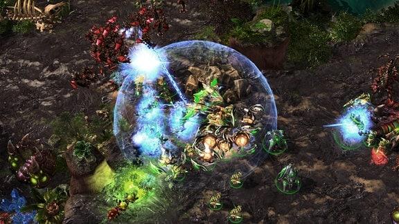 Screenshot des Echtzeitstrategiespiels Starcraft 2.