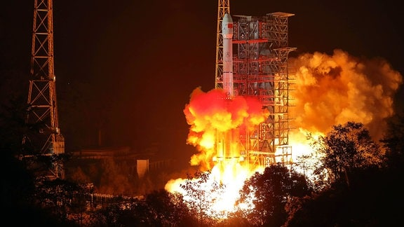 China startet Chang e-4-Mondsonde im Xichang Satellite Launch Center in der südwestchinesischen Provinz Sichuan, 2018