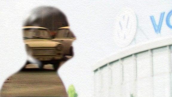 Drch die Silhouette eines Mannes fahren Autos