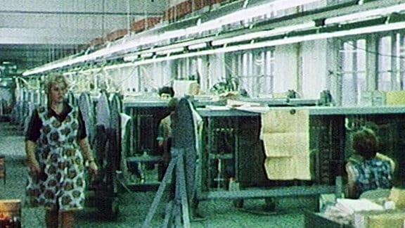 Produktionshalle des Fernmeldewerks Arnstadt 1980er Jahre.