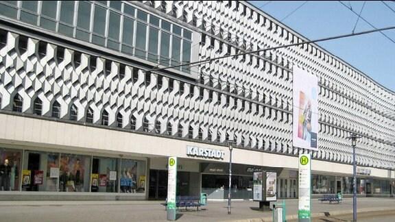 "Karstadt; früher Warenhaus ""Centrum"""
