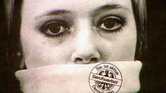 Archivbild einer Frau der der Mund zugeschnürt ist