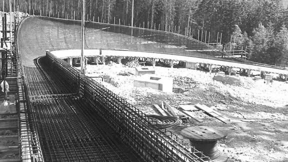 Bauarbeiten an der Bobbahn in Altenberg.
