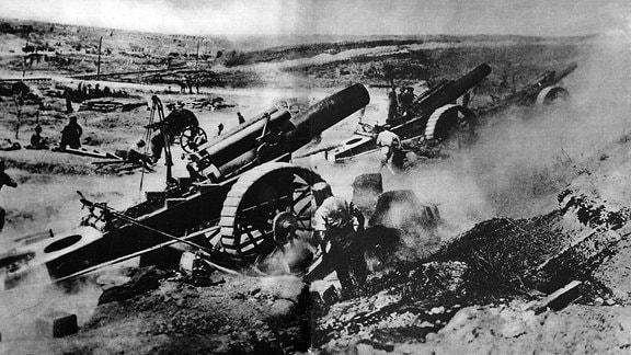 Schwere Artillerie der Britischen Armee in der Schlacht an der Somme Juli 1916 Erster Weltkrieg