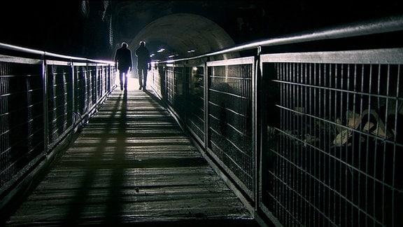 """Szenen aus: """"Wernher von Braun - Das düstere Geheimnis des Raketenmanns"""" in der MDR-Reihe zur Geschichte Mitteldeutschlands 2014"""