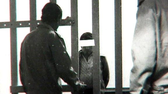 Personen im Gefängnis