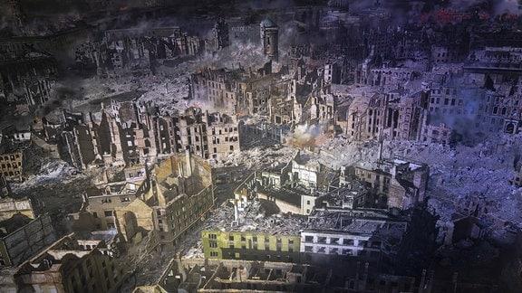Ein Teil des vom Künstler Yadegar Asisi geschaffenen 360 Grad Panoramabild von der zerstörten Innenstadt Dresdens nach den Bombenangriffen am 13. und 14. Februar 1945 im Panometer in der Landeshauptstadt Dresden.