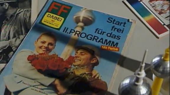 Erste Ausgabe der DDR-Programmzeitschrift FF-Dabei nach Einführung des Farbfernsehens in der DDR 1969.