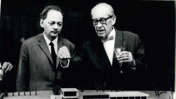 Dr. Walter Gropius