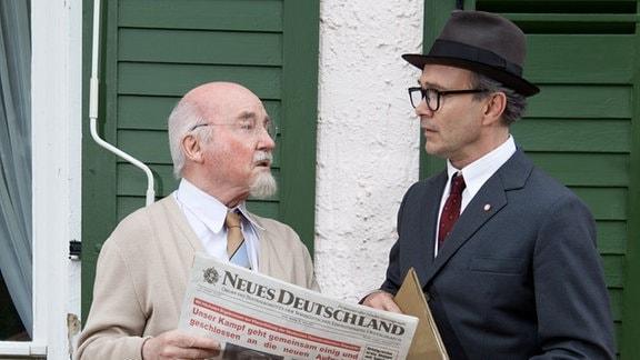 Thomas Reisinger als Honecker und Peter Gröger als Ulbricht bei den Dreharbeiten für den MDR-Film zur Geschichte Mitteldeutschlands.