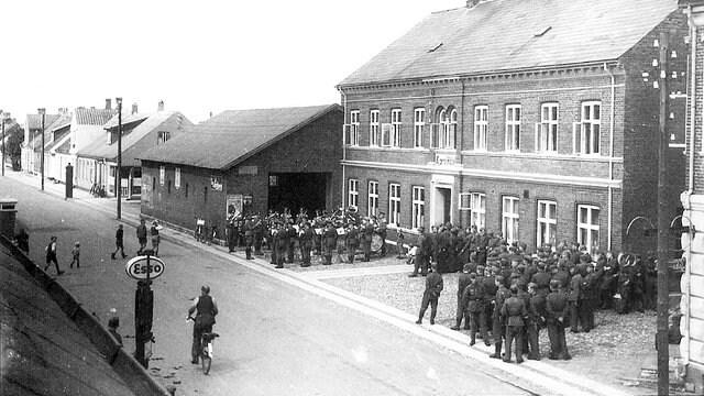 SW-Foto - Dt Soldaten in Norre.