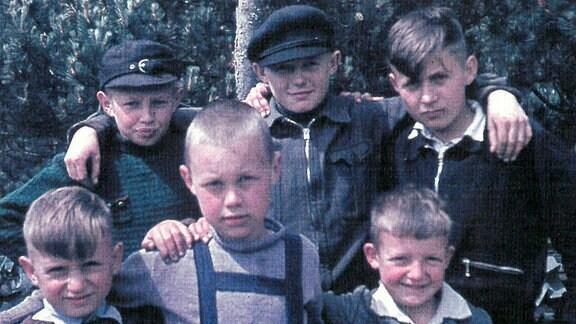 Kinder im Lager in Dänemark.